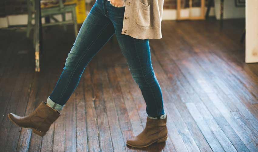 Hardwood Floor Gaps