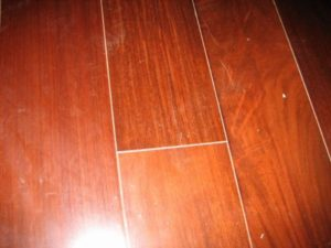 wood flooring gaps (600x450)